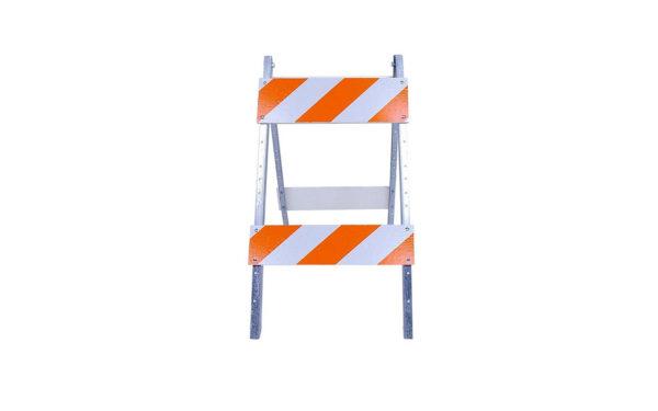 Metal_leg_barricades